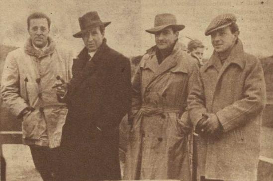 Los hermanos Antonio y Luis Sanchez, con Victoriano de la Serna y Enrique Callejas una tarde de tentadero de 1955. Fotografia El Ruedo